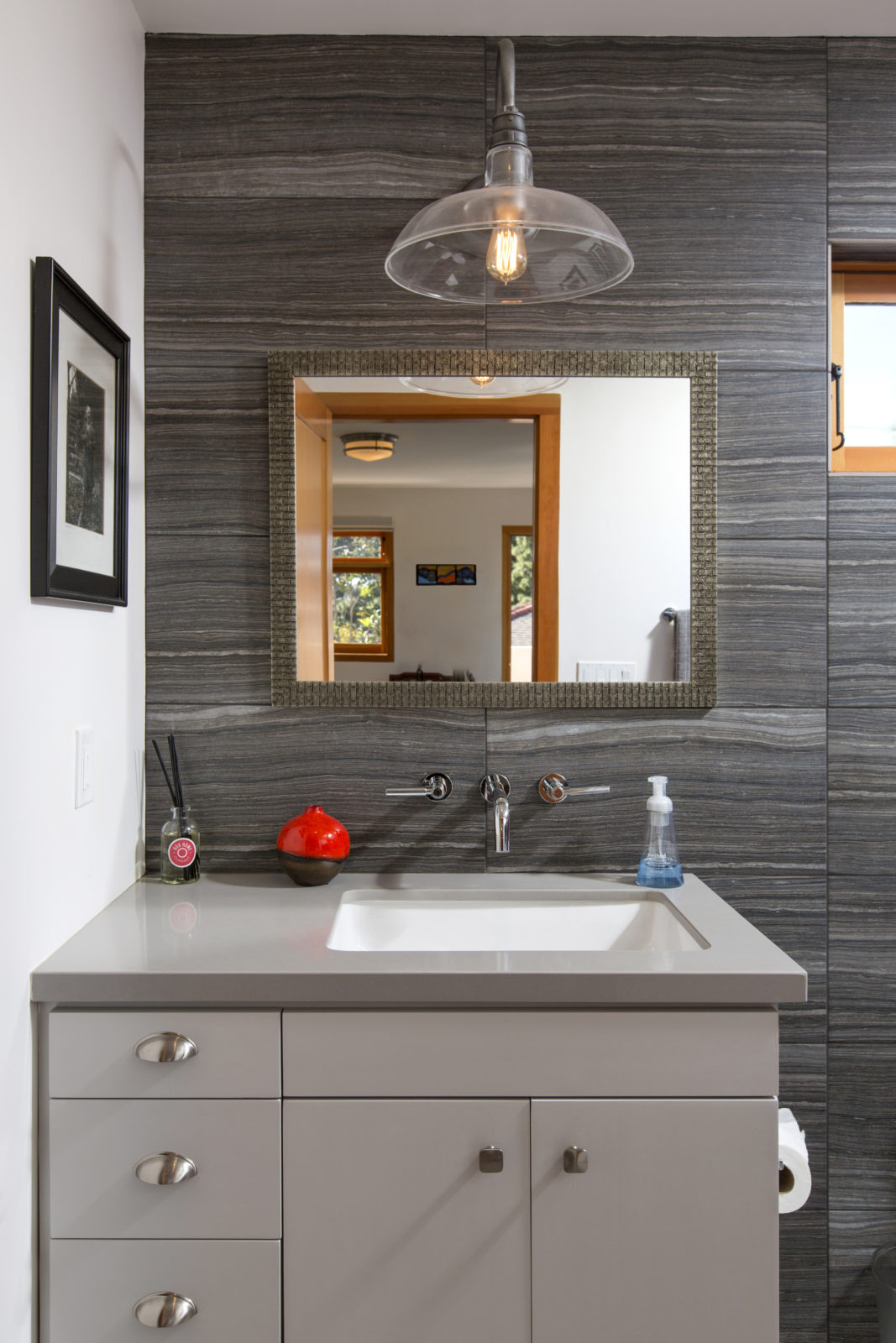 Modern Appointment Of Bathroom