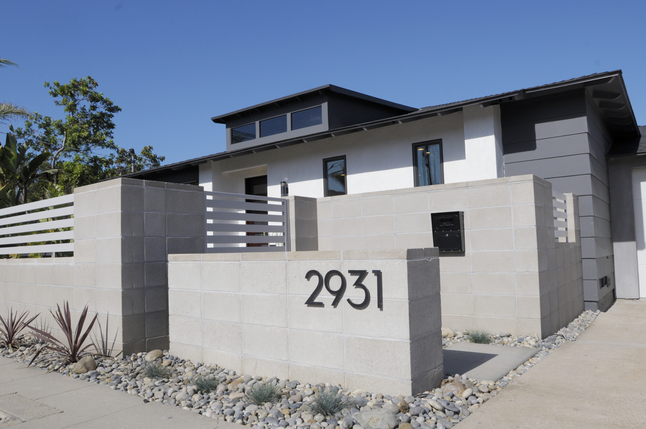 Concrete Wall & Southwestern Landscaping