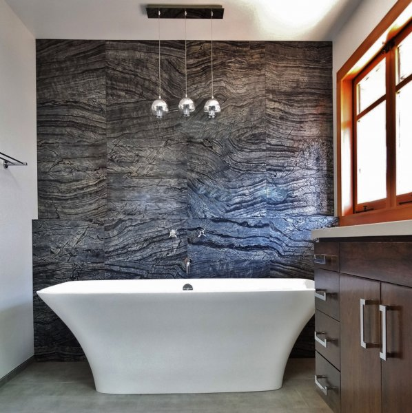 Marble Wall & Modern Freestanding Tub