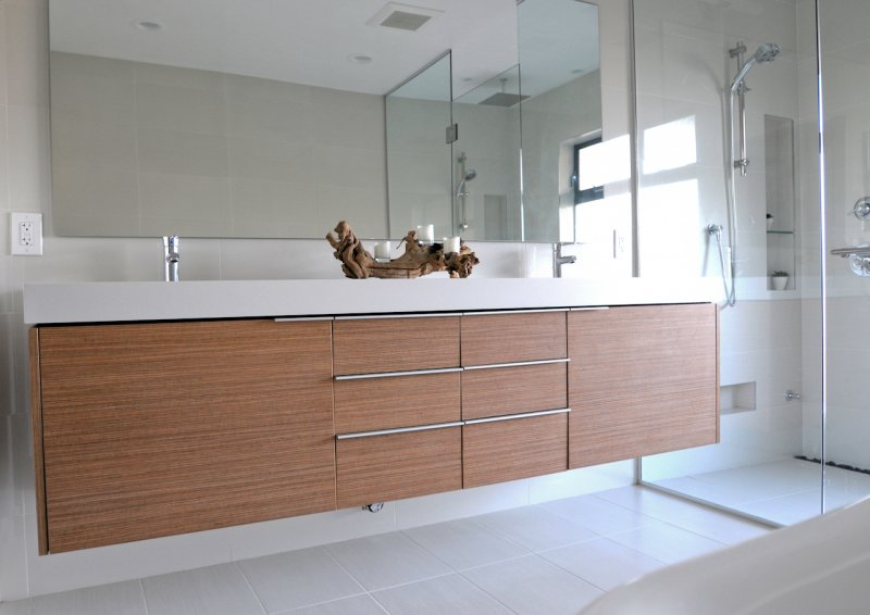 Floating Vanity With Frameless Shower & Mirror
