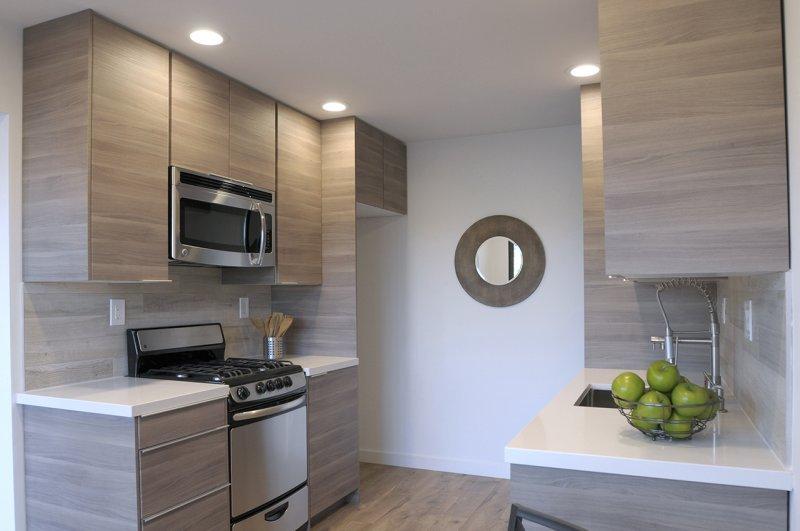 Studio Kitchen Nook